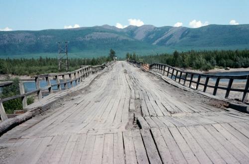 Fig.-8.-Cannings-River-bridge-Kolymskaya-Highway-006