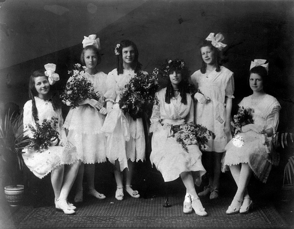 May Queen party, 1917, Kamloops.