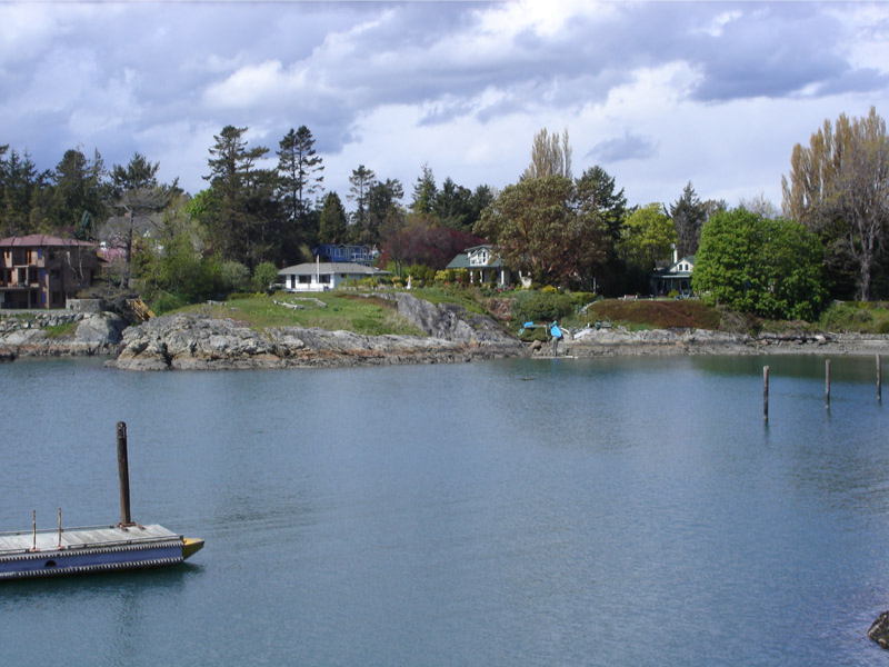 Figure 15. Looking across Fleming Bay to the Aboriginal defensive site at the left of the centre of the photograph, 2006. (Grant Keddie photograph).